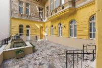 cool patio and courtyard of Budapest Dream Grand Apartment DANUBE luxury holiday home