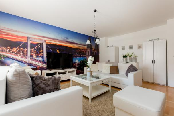 neat Budapest Dream Family Apartment HOLLO4 luxury apartment