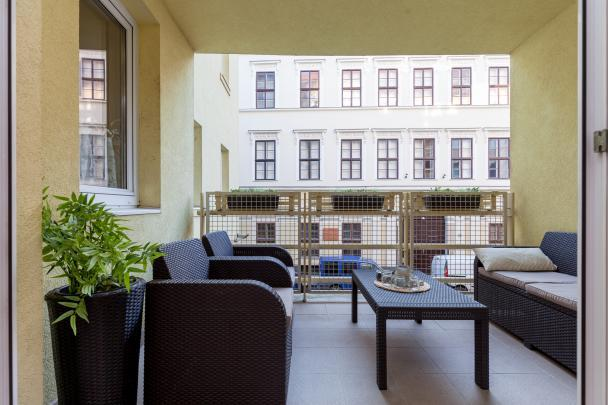 bright and breezy Budapest Dream Family Apartment HOLLO4 luxury apartment