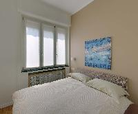 clean and fresh bedroom linens in Milan - Pergolesi Apartment 301345 luxury home