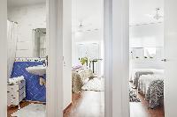 comfy Sitges Passeig de la Ribera - Ocean Front 2 luxury apartment