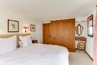 pristine bedding in Chalet Saint Christophe luxury apartment, holiday home, vacation rental