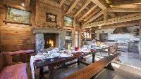 neat Chalet Orsini luxury apartment, holiday home, vacation rental