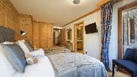 pristine bedroom linens in Chalet Alex luxury apartment, holiday home, vacation rental