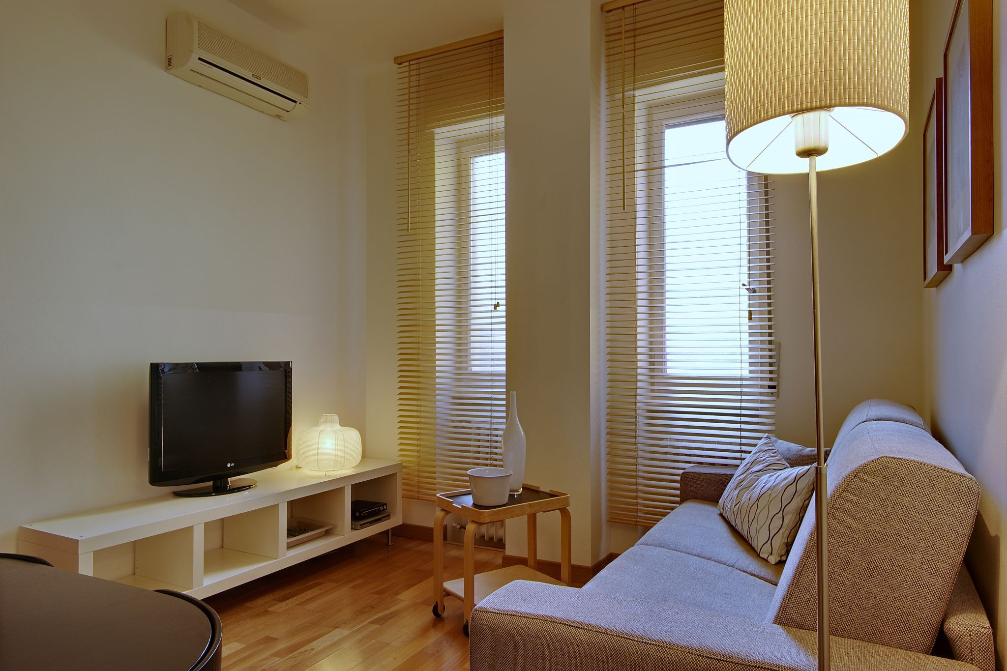 nice Milan - Via Pola Charming 1BR luxury apartment and holiday home