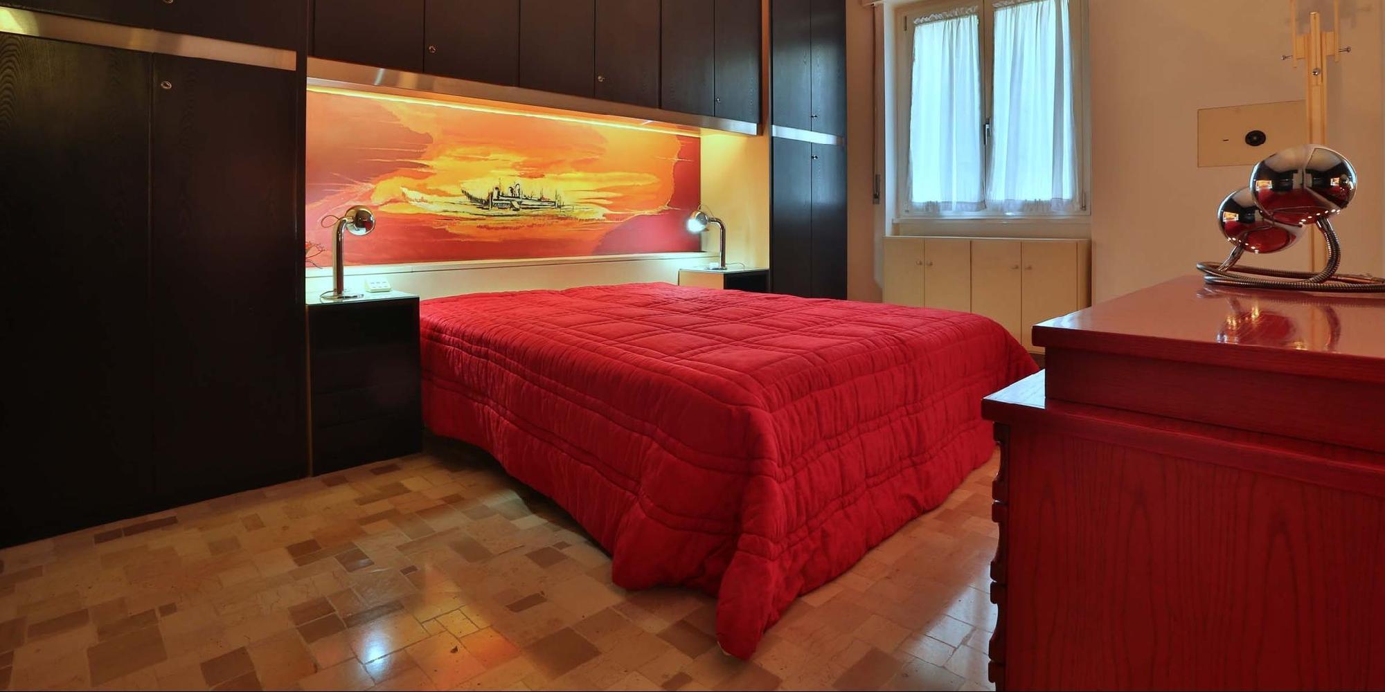 Milan - Charming Ferrante Aporti 2BR
