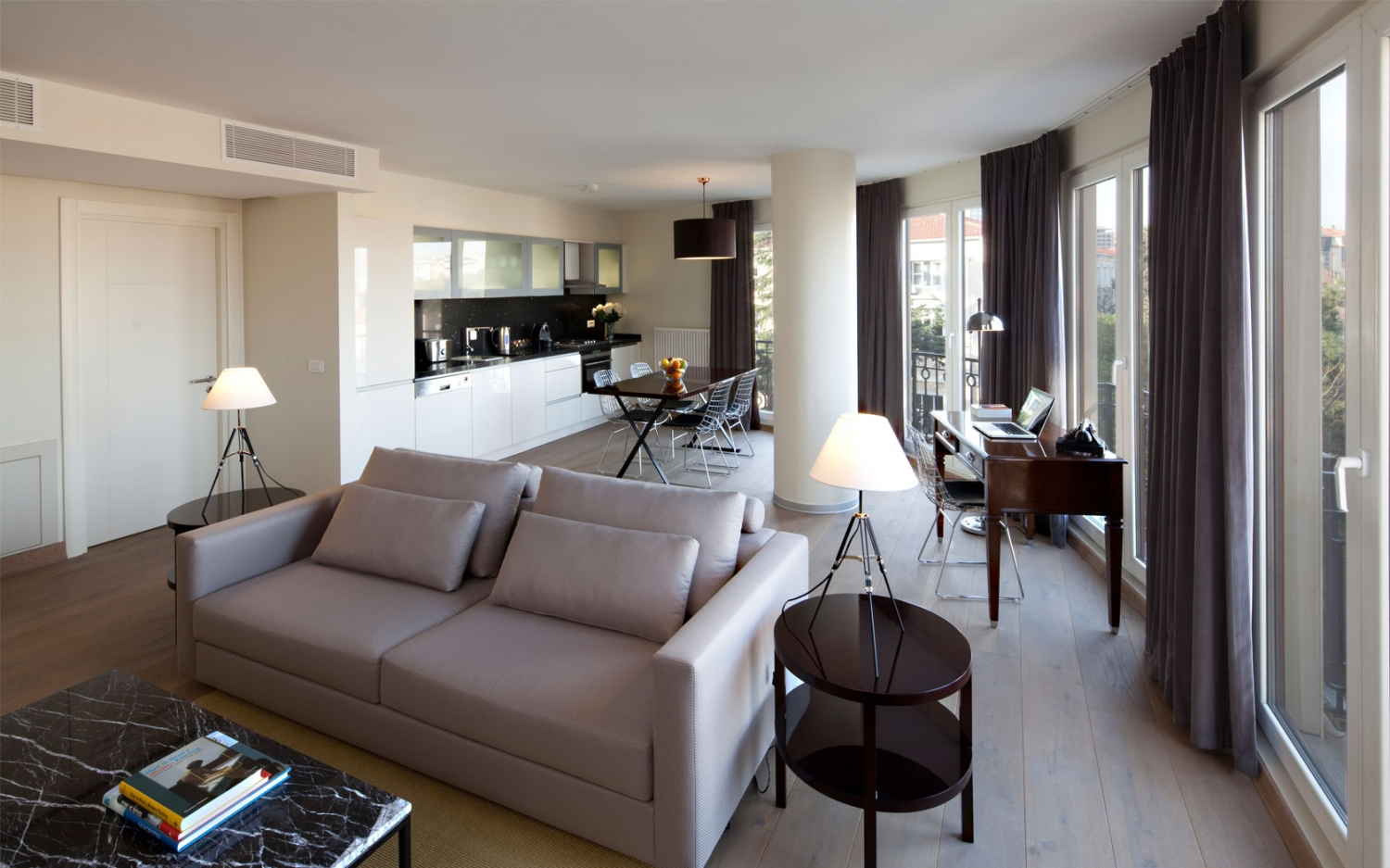 chic Deluxe Istanbul Suite with Bosphorus View luxury apartment