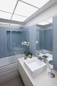 fresh and clean bathroom in Deluxe Istanbul Suite with Bosphorus View luxury apartment