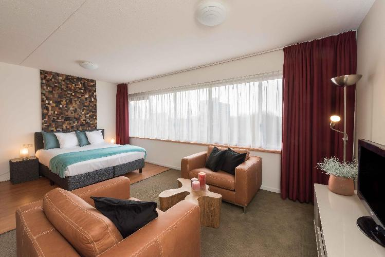 chic Amstelveen Corneille luxury apartment and holiday home