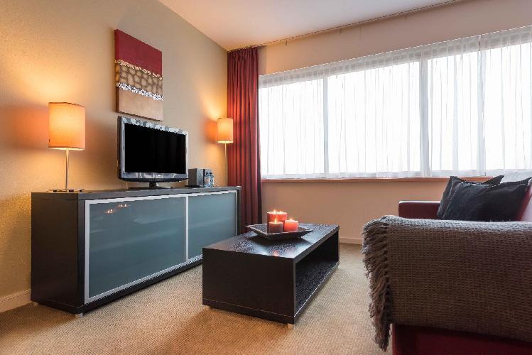 spacious Amstelveen Corneille luxury apartment