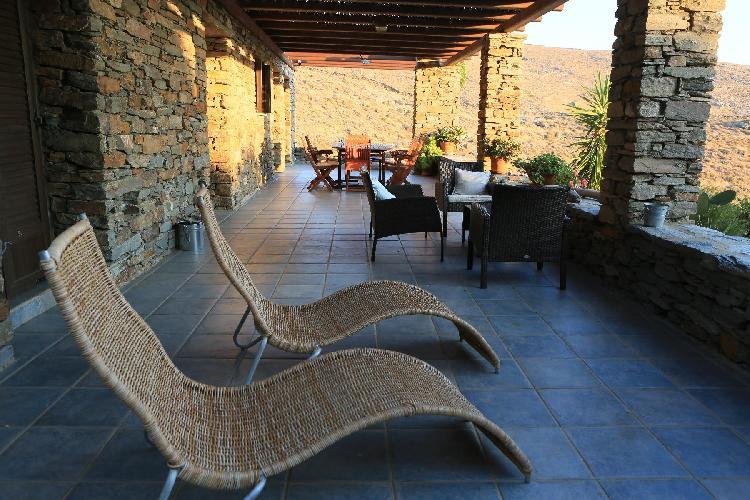 nifty Kea Kastellakia Bay Villa Thymari luxury holiday home, vacation rental