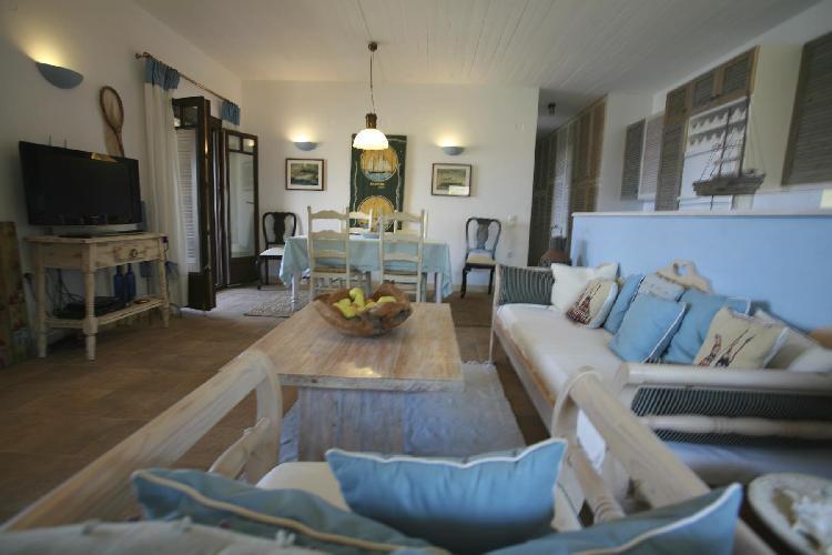 cozy Kea Kastellakia Bay Villas Maria Beach House luxury vacation rental