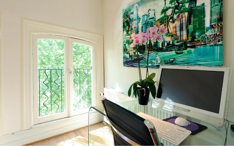 cool access to the balcony of Amsterdam - Boutique 2-Bedroom luxury apartment
