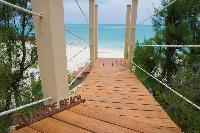 beautiful beachfront Bahamas Luxury Villa holiday home, vacation rental