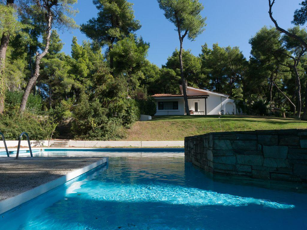 amazing Athens - Evergreen Villa luxury apartment and holiday home