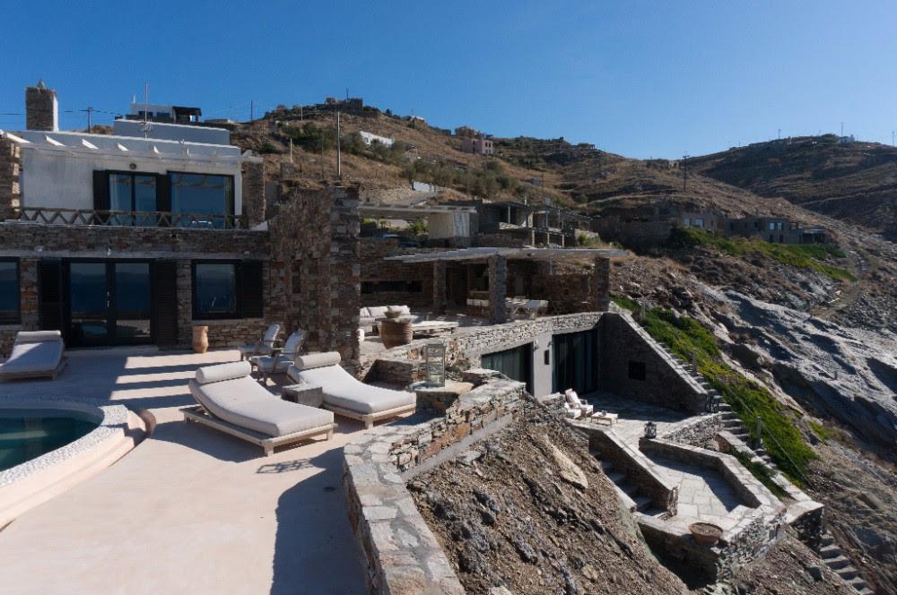 Athens Villa De Niro