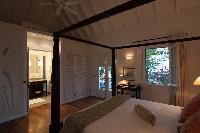 pristine bedding in Saint Barth Villa Belle Bague luxury holiday home, vacation rental