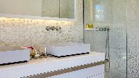 spic-and-span bathroom in Saint Barth Villa Javacanou luxury holiday home, vacation rental