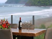 cool alfresco dinners at Costa Rica Diamante del Sol 801N luxury apartment