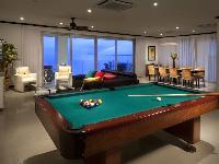 well-appointed game room of Costa Rica Diamante del Sol 901S luxury apartment