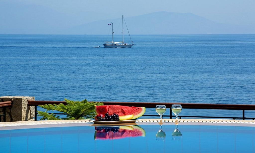 amazing Corfu Villa Benele luxury holiday home, vacation rental