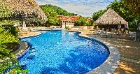 refreshing pool of Costa Rica Colina 2B luxury apartment