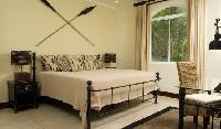 fresh and clean bedroom linens in Costa Rica Casa de Suenos luxury apartment