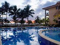cool pool of Costa Rica Bahia Encantada E4 luxury apartment