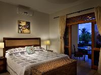 clean and fresh bedroom linens in Costa Rica Bahia Azul 9B luxury apartment and holiday home