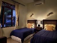 fresh and clean bedroom linens in Costa Rica Bahia Azul 9A luxury apartment and holiday home
