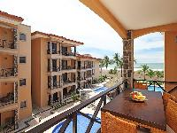amazing Costa Rica Bahia Encantada D3 luxury apartment and vacation rental