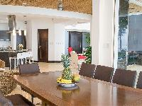 well-appointed Costa Rica Casa del Mar luxury apartment