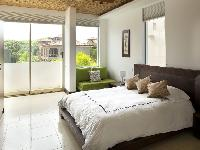 airy and sunny Costa Rica Casa del Mar luxury apartment