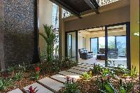 adorable patio and courtyard of Costa Rica Vista Hermosa luxury apartment