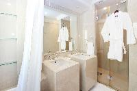 clean Dubai 1 BR - Souk Al Bahar luxury apartment and holiday home