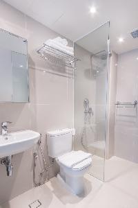 clean Singapore South Bridge Studio Deluxe apartment, holiday home, vacation rental