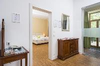 nice interiors of Vienna - Apartment 9 lusury vacation rental and holiday home
