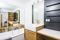 spic-and-span bathroom in Vienna - Apartment 9 lusury vacation rental and holiday home
