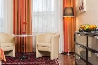 bright and breezy Vienna - Apartment 8 luxury vacation rental and holiday home