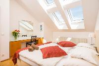 airy and sunny Vienna - Apartment 1 luxury holiday home and vacation rental