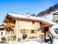 nice and nifty French Alps - Chalet Le Passeu luxury apartment