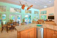 sunny and airy Bahamas - Sand Castle Exuma luxury apartment