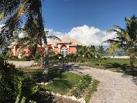 awesome garden of Bahamas - Sand Castle Exuma luxury apartment