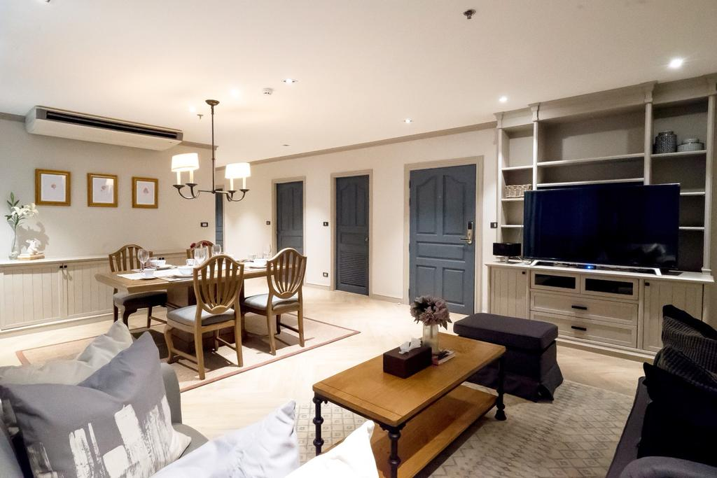 neat Bangkok - Luxury Apartment with Terrace holiday home, vacation rental