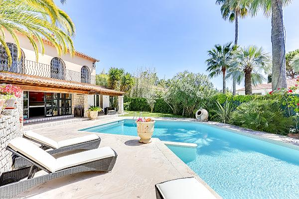 Cannes - Palm Spring Villa for Sale