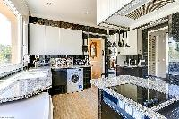 marvelous modern kitchen of Cannes - Palm Spring Villa luxury apartment