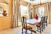charming dining room of Cannes - Palm Spring Villa luxury apartment