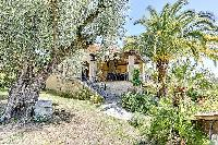 lovely and lush garden of Cannes - Palm Spring Villa luxury apartment