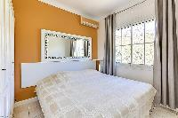 warm walls of Cannes - Palm Spring Villa luxury apartment
