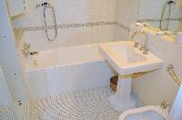 cool bathroom with tub in Saint Germain des Prés - Jacob 5 luxury apartment